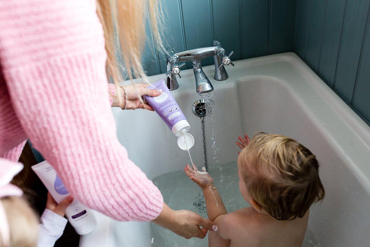 Gel za umivanje las in telesa - z vonjem kokosa-1093